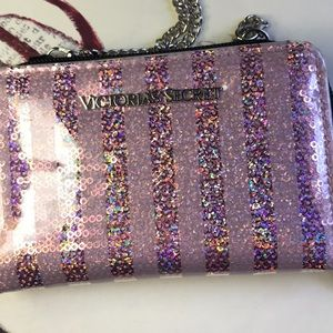 "Victoria's Secret Cell Wallet w/44"" carry chain"